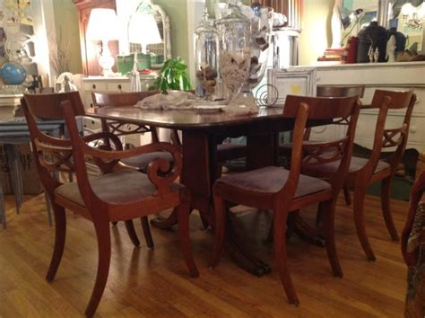Dining Room Table Displays Antique Mahogany Duncan Phyfe Dining Room Table Displays Duncan Phyfe Dining