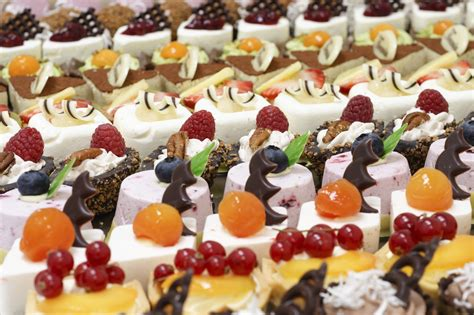 catering ideas wedding food ideas articles easy weddings