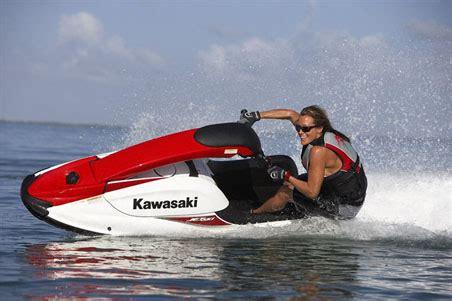 jet ski vs boat accident kawasaki jetski 800 sx r 2007 fempop magazine
