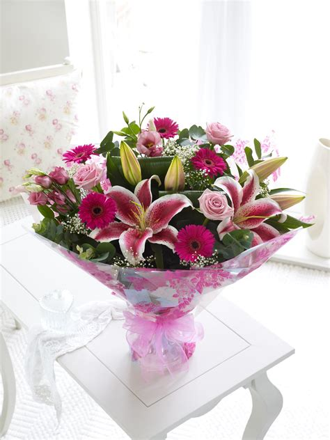 mothers day flowers mother s day interflora flowers lamberdebie s blog