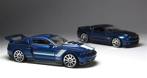 Hotwheels 71 Mustang 351 the lamley look wheels then now 71 mustang 351 and custom 12 ford