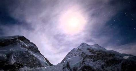 film everest schweiz experience the majesty of mount everest through a time