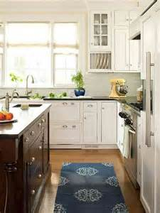Superb Brushed Nickel Kitchen Light Fixtures #5: Bin-and-sleek-pulls-classic-cottage-kitchen-bhg.jpg