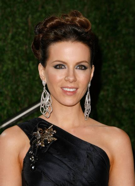 Kate Twisted by More Pics Of Kate Beckinsale Twisted Bun 12 Of 18