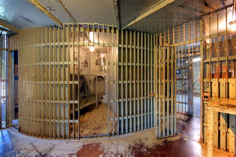 Search Pictures Of Prison Go Rotary Jails Spin On Axis To Let Inmates
