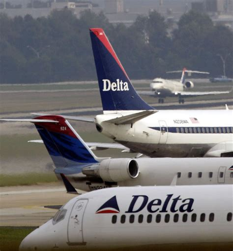 charleston flights return to normal after power failure grounded air travel in atlanta