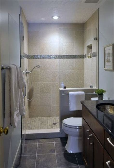 small bathroom remodels 1000 ideas about small bathrooms on pinterest bathroom