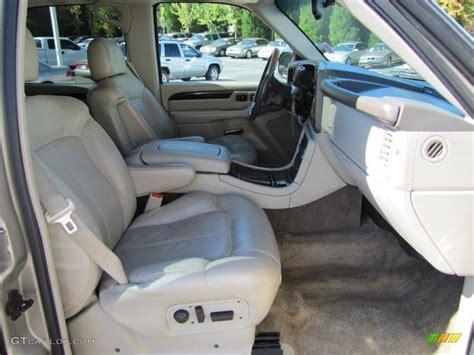 2002 Cadillac Escalade Interior by 2002 Cadillac Escalade Standard Escalade Model Interior