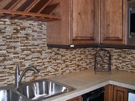 kitchens with tile backsplashes good backsplashes for kitchens on tile for the kitchen
