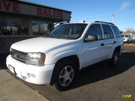 chevrolet trailblazer white 2007 summit white chevrolet trailblazer ls 4x4 109274001