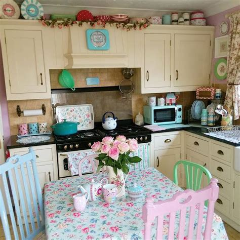 pastel kitchen ideas 25 best ideas about pastel kitchen on pastel