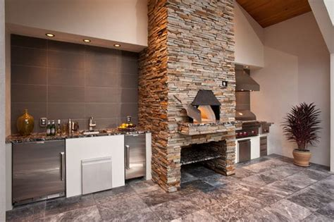 Kitchen With Pizza Oven by Outdoor Kitchen Designs Featuring Pizza Ovens Fireplaces