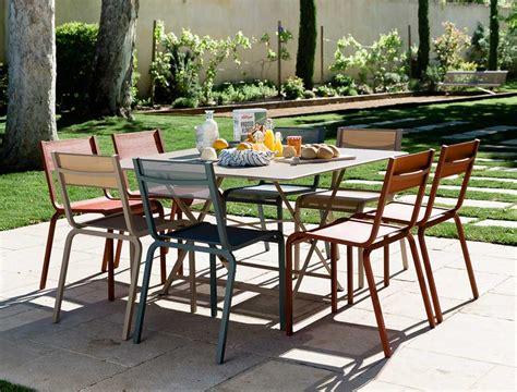 garden furniture three ways jardin