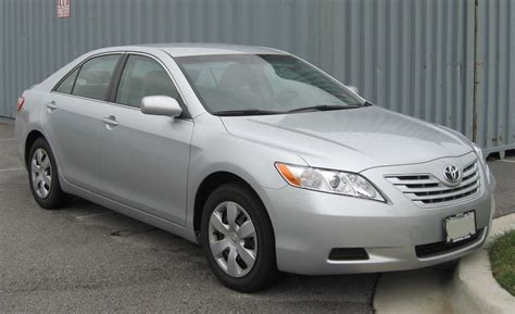 What Type Of Does A 2007 Toyota Camry Use File 07 Toyota Camry Le Jpg Wikimedia Commons