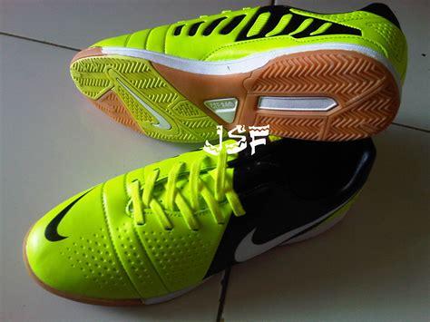 Harga Nike Mercurial 360 sepatu futsal nike ctr360 grosir sepatu futsal