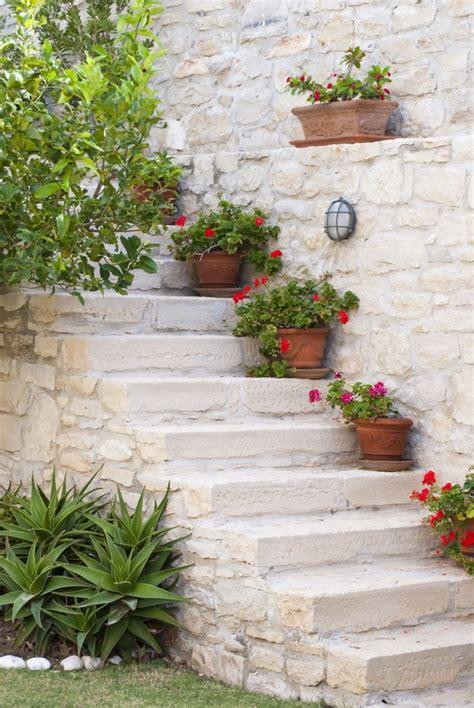 Grecian Garden by 10 Garden Ideas To From Greece Gardenista