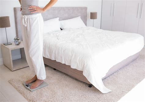 how to lose weight in your bedroom how keeping your bedroom cool can help you lose weight
