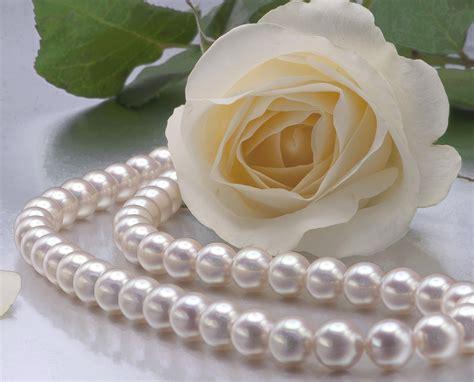 modern take pearls splashing your at your wedding