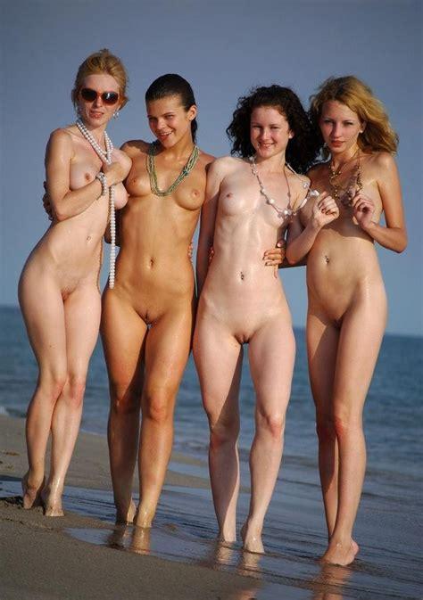 Chicas En Grupo Desnuditas « Ex Novias