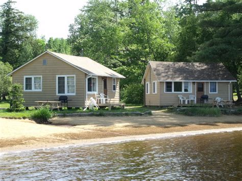 Lakeside Cottages by Parkway Cottage Resort Trading Post Updated 2017