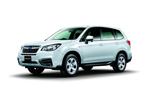 subaru forester 2017 subaru shows off the facelifted 2017 forester carscoops