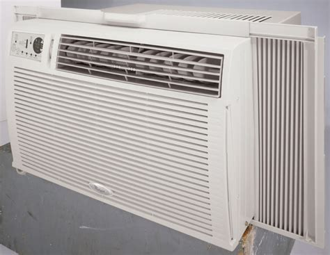 Room Air Conditioning by Whirlpool Acq189xs 17 800 Btu Room Air Conditioner With