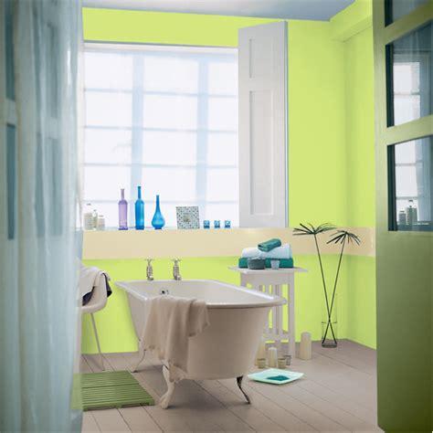 Superior Salle De Bain Vert Lime  #7: Decoration-salle-de-bain-peinture-couleurs-acidulées-turquoise-et-pistache-peinture-astral15.png