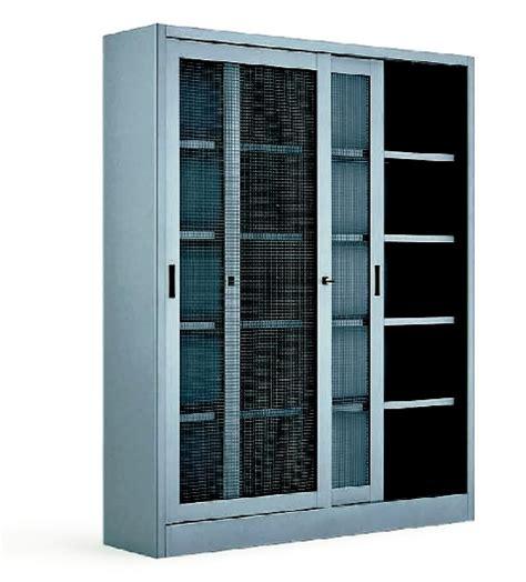 armadio metallico armadi metallici ante in rete armadio metallico