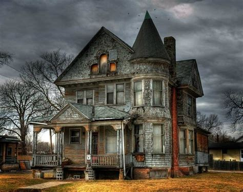 beautiful old houses beautiful old abandoned victorian home i want to live