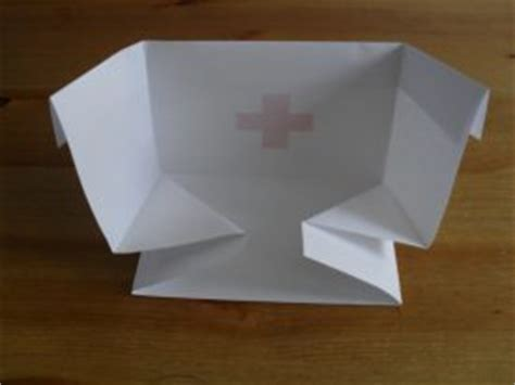 How To Make A Nurses Hat Out Of Paper - nuestra clase