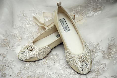flat lace wedding shoes for vintage wedding theme ipunya