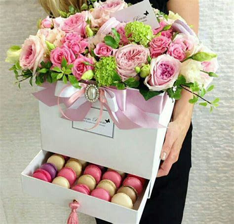 attraction luxury roses bouquet dream world florist как упаковать букет