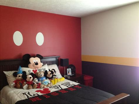 mickey mouse bedroom accessories furniture magnificent minnie mouse bedroom decor fears on