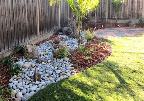 32 stunning low water landscaping ideas for your garden landscaping inspiration