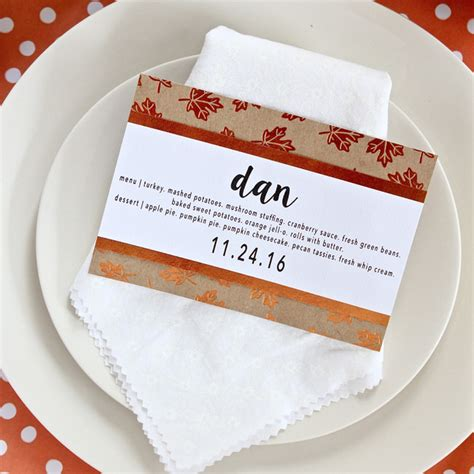 Thirty Handmade Days - simple diy thanksgiving menu place cards thirty handmade