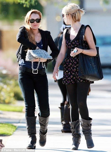 Is Lindsay Lohan Friends With Another Socialite In Rehab by Lindsay Lohan Steps Out With Friends As She Takes Another