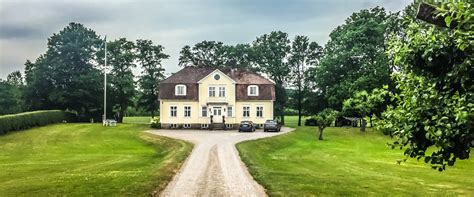 buying a 100 year old house is it risky to buy an old house lars dyrendahl