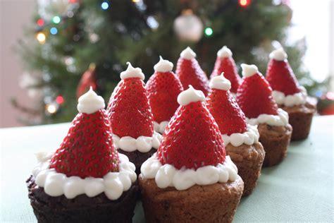 super cute strawberry santa hat cupcakes