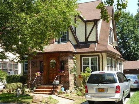 donald s flipped home sold at auction in new york