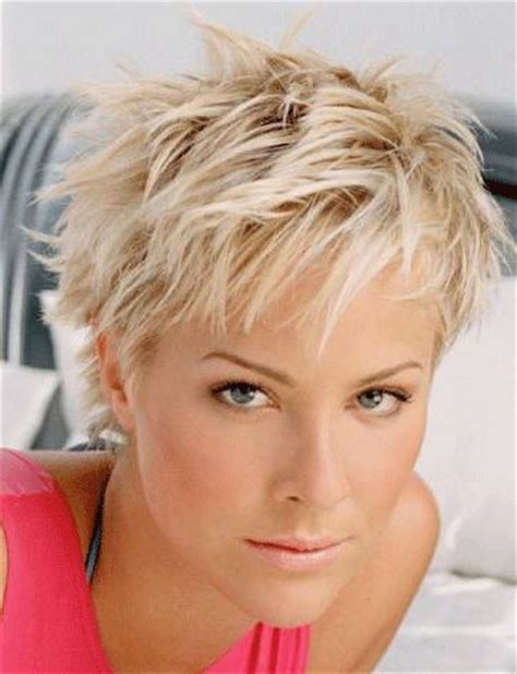 haircuts davis square 25 best ideas about messy short hairstyles on pinterest