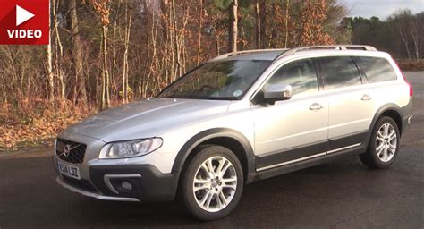 volvo xc70 vs v70 volvo xc70 fills the gap between v70 and xc90 quite nicely