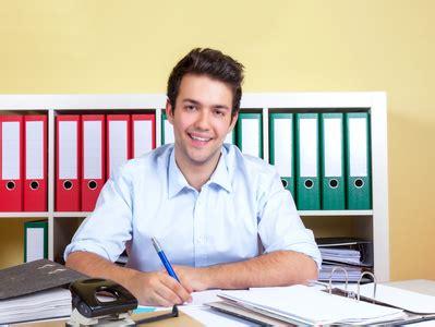 Anschreiben Praktikum Personalwesen Kostenloses Bewerbungsmuster B 252 Rokaufmann Frau