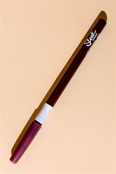 Lip Liner Silky lip liner soft brown madlady