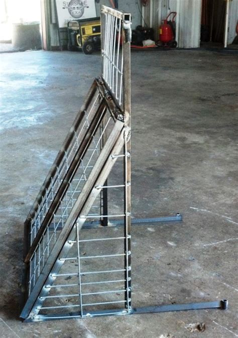swing door hog trap plans root door for pen trap texas hog traps