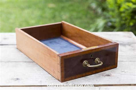 come togliere la muffa dal soffitto come togliere la muffa da armadi e cassetti in legno