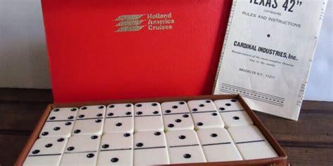 jenis permainan menggunakan kartu domino  dominoqq