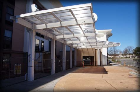 architectural awning dac architectural awnings canopies hton inn drop off canopy photo 3 image proview