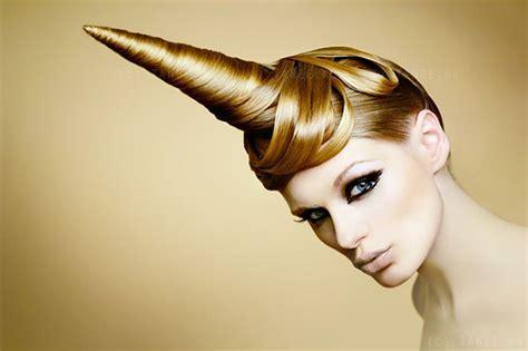 unicorn hair      craziest hair trend