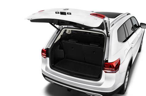volkswagen atlas trunk 2018 volkswagen atlas reviews and rating motor trend