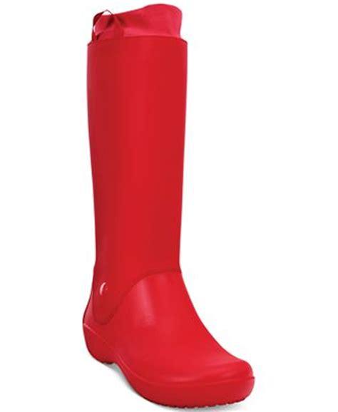 macys womans boots crocs s rainfloe boots boots shoes macy s